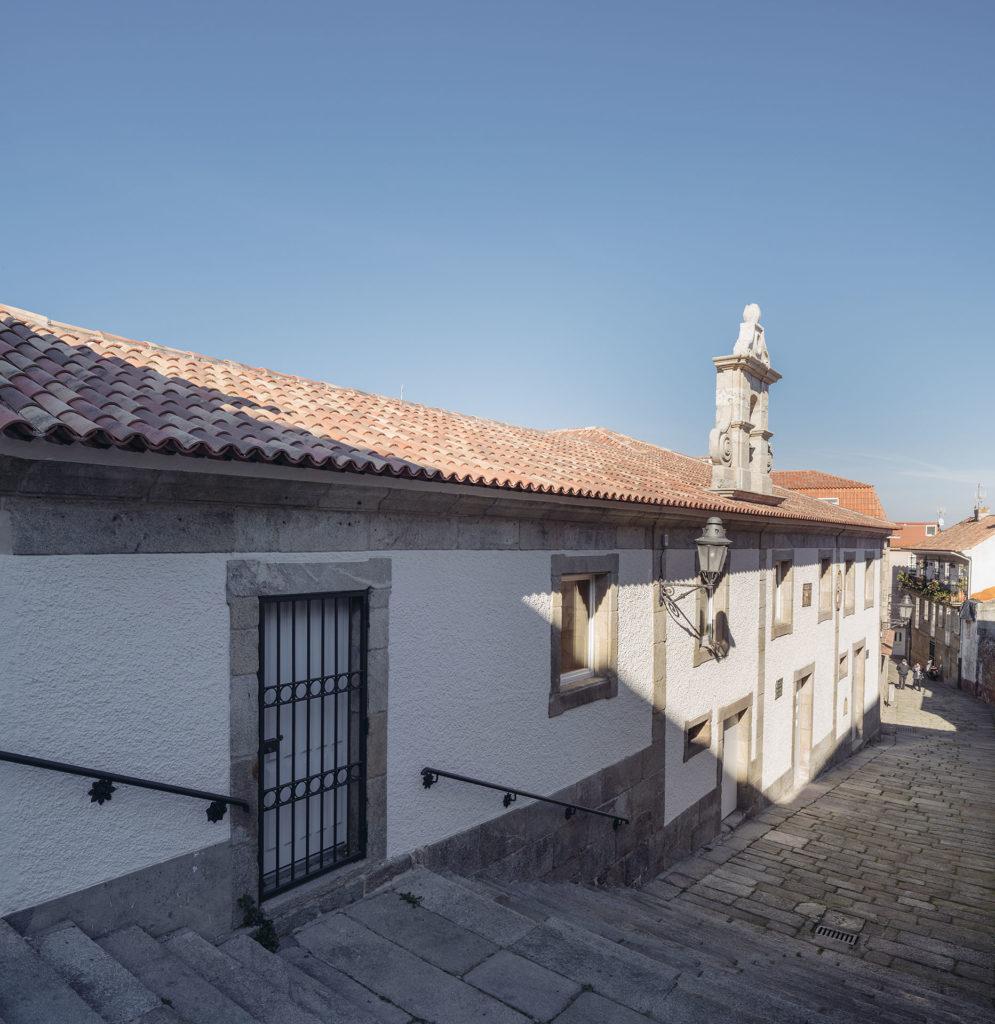 171117-Murado-Elvira-Biblioteca-Baiona-002-995x1024