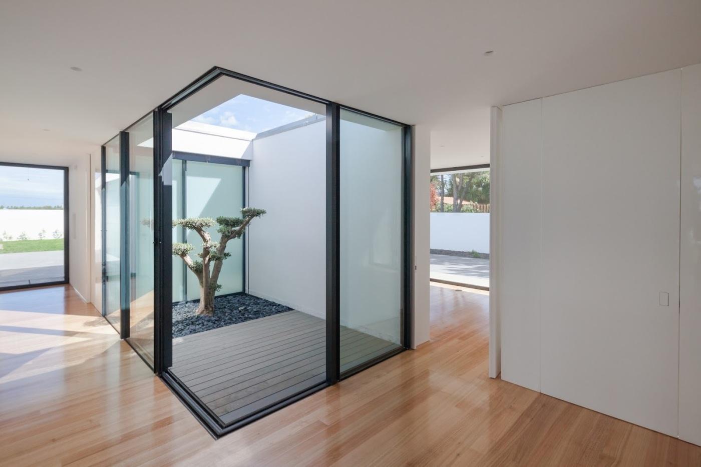 Esposende House - Raulino Arquitecto 11